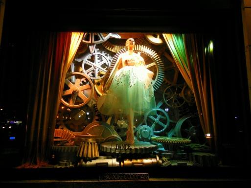 NYC Bergdorf Goodman Holiday Windows: Dance